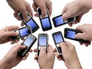 Info Media Service iti ofera telefonul dorit